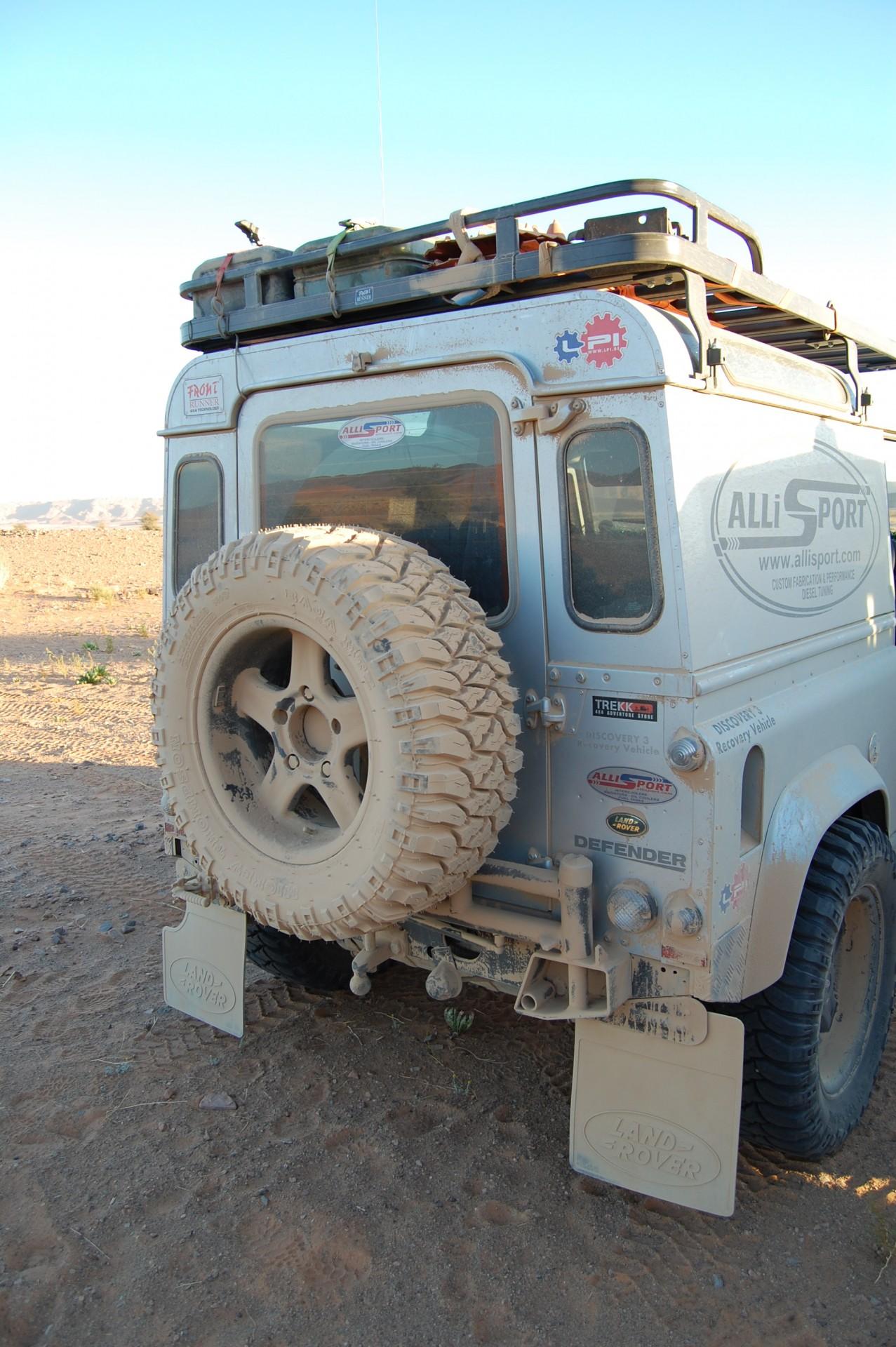 land rover defender spare wheel carrier allisport. Black Bedroom Furniture Sets. Home Design Ideas