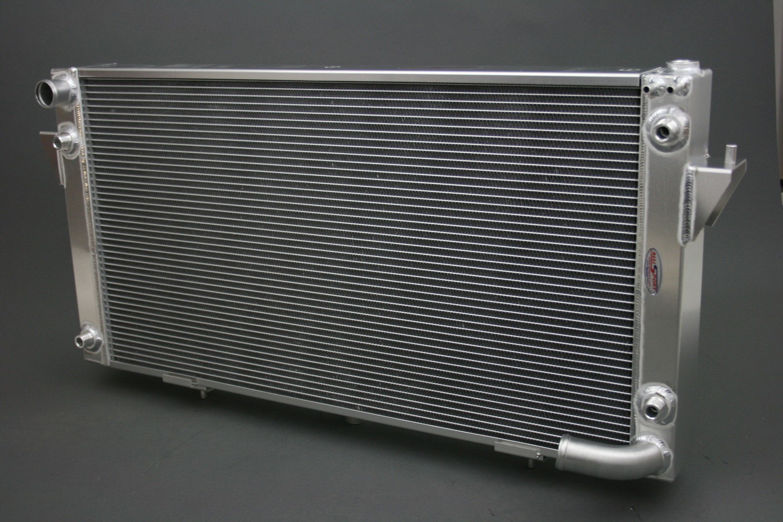 Discovery 1 Or Range Rover V8 Alloy Radiator With 2 Oil
